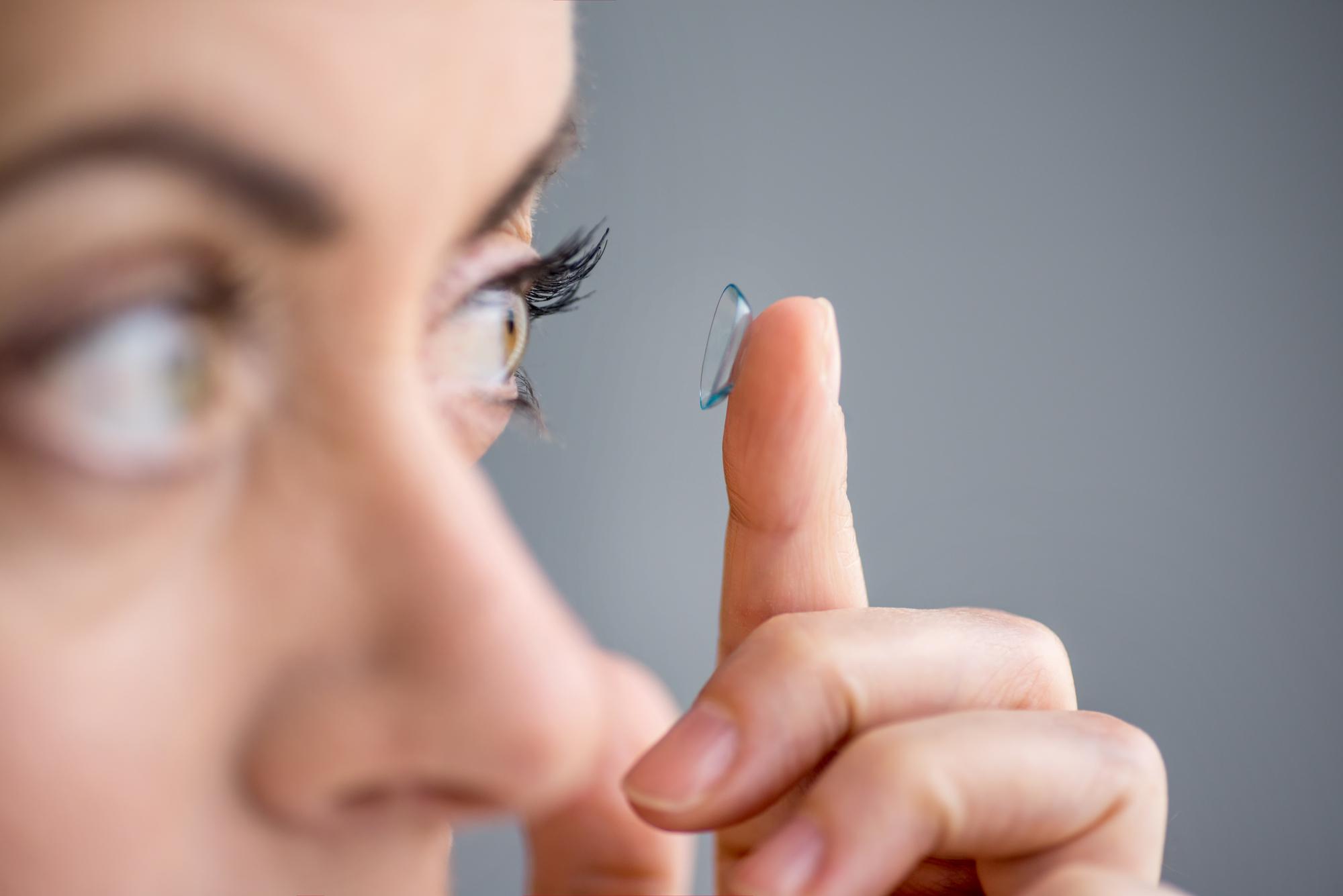 Smid brillerne og få kontaktlinser